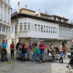 Gasteiz  euskalduna  ezagutzeko  bisita  gazteleraz  eta  arabieraz